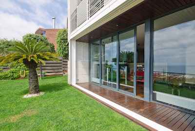 Maison de luxe près de Barcelone sur la Costa Maresme